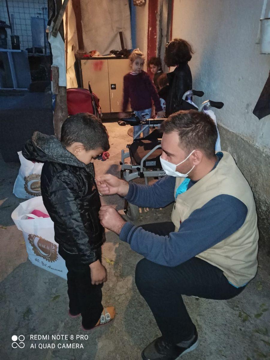 Keçiören Temsilciliğimiz Kışlık Giyim Yardımlarıyla Minik Yavrularımızı Sımsıkı Sardı