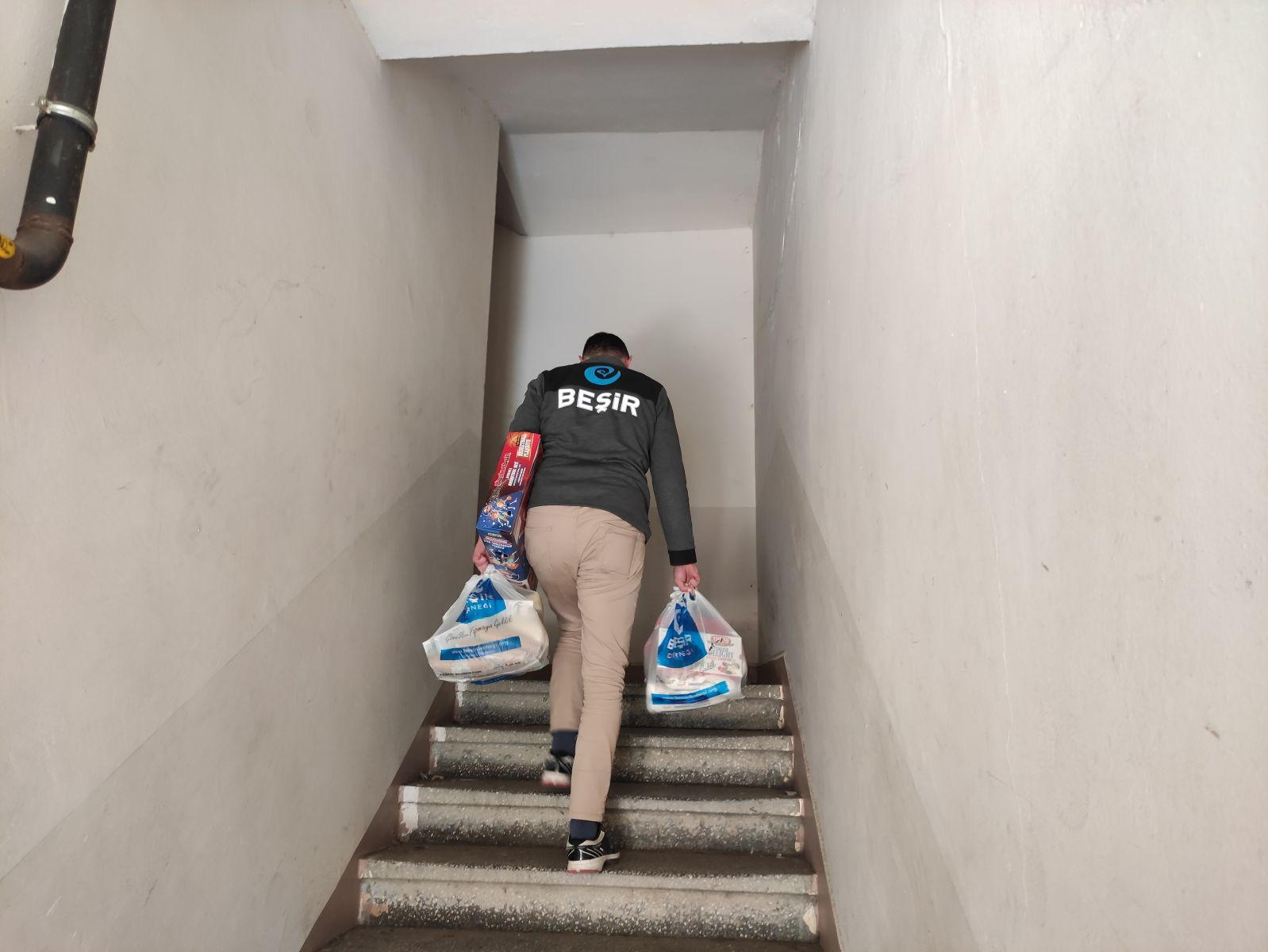 Rize'de İhtiyaç Sahibi Yüzleri Güldürdük
