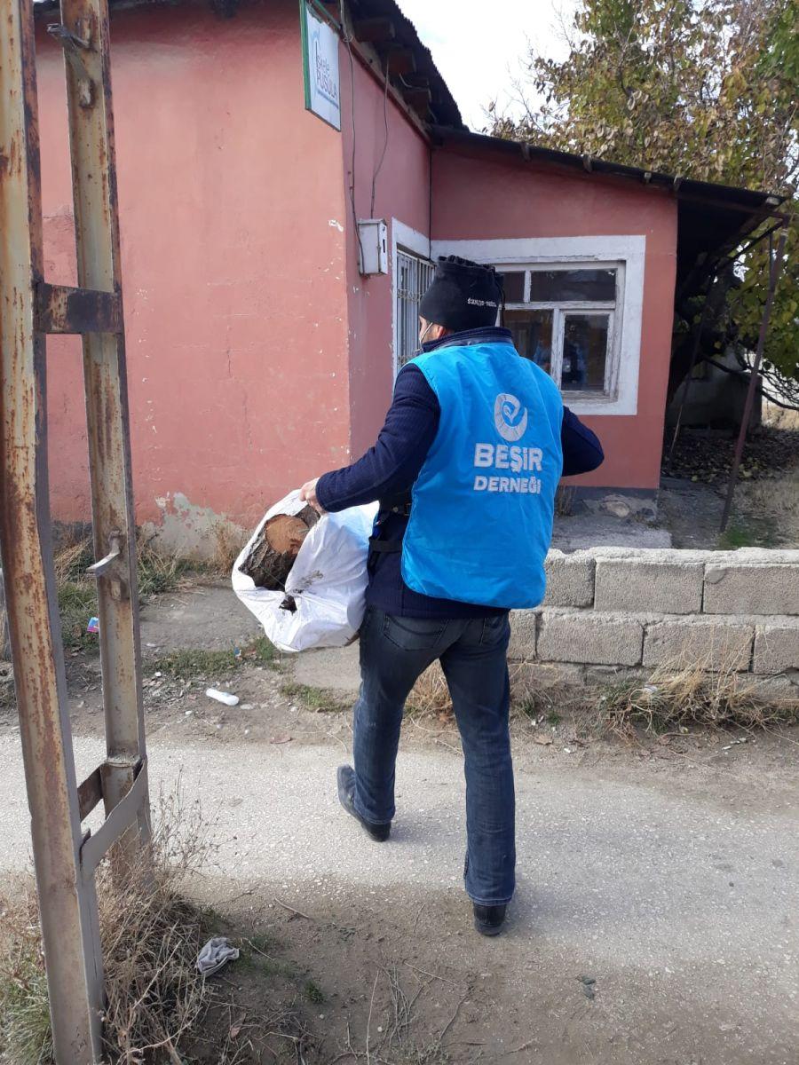 Dudullu'dan İdlib'e Yardım Eli