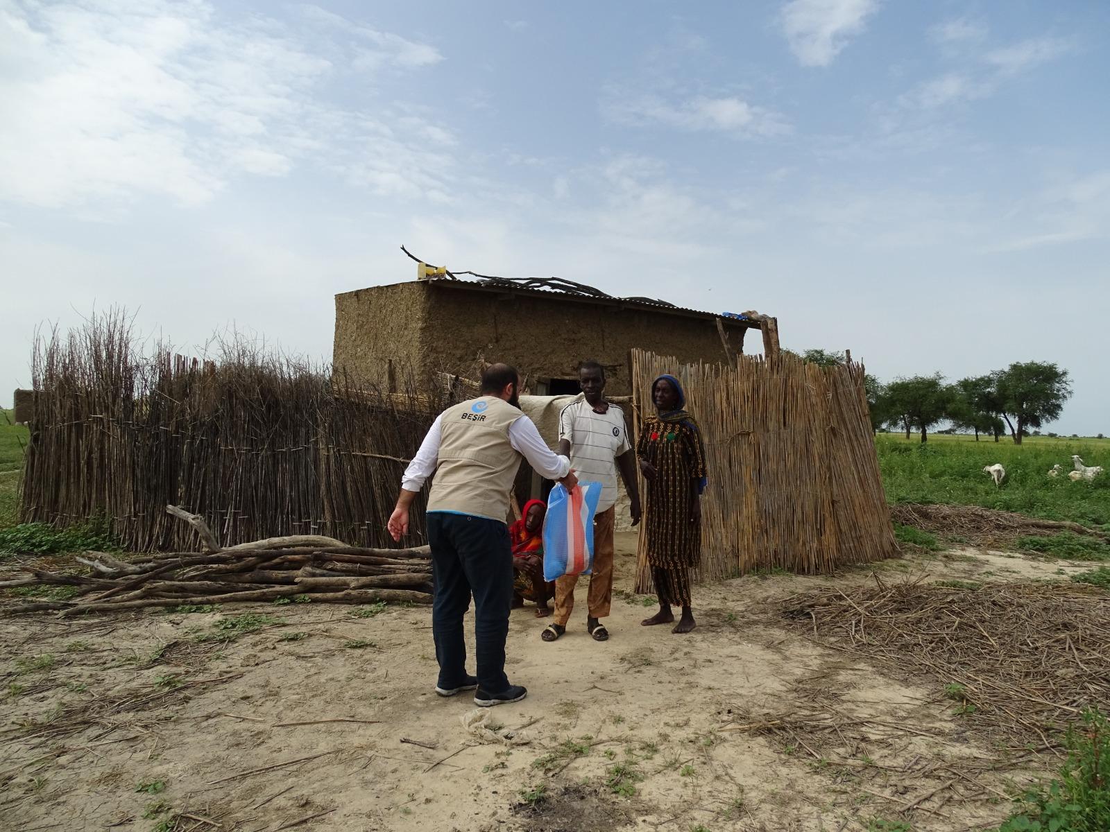 Çad'da Mazlum Yüzlerin Tebessümü Olduk