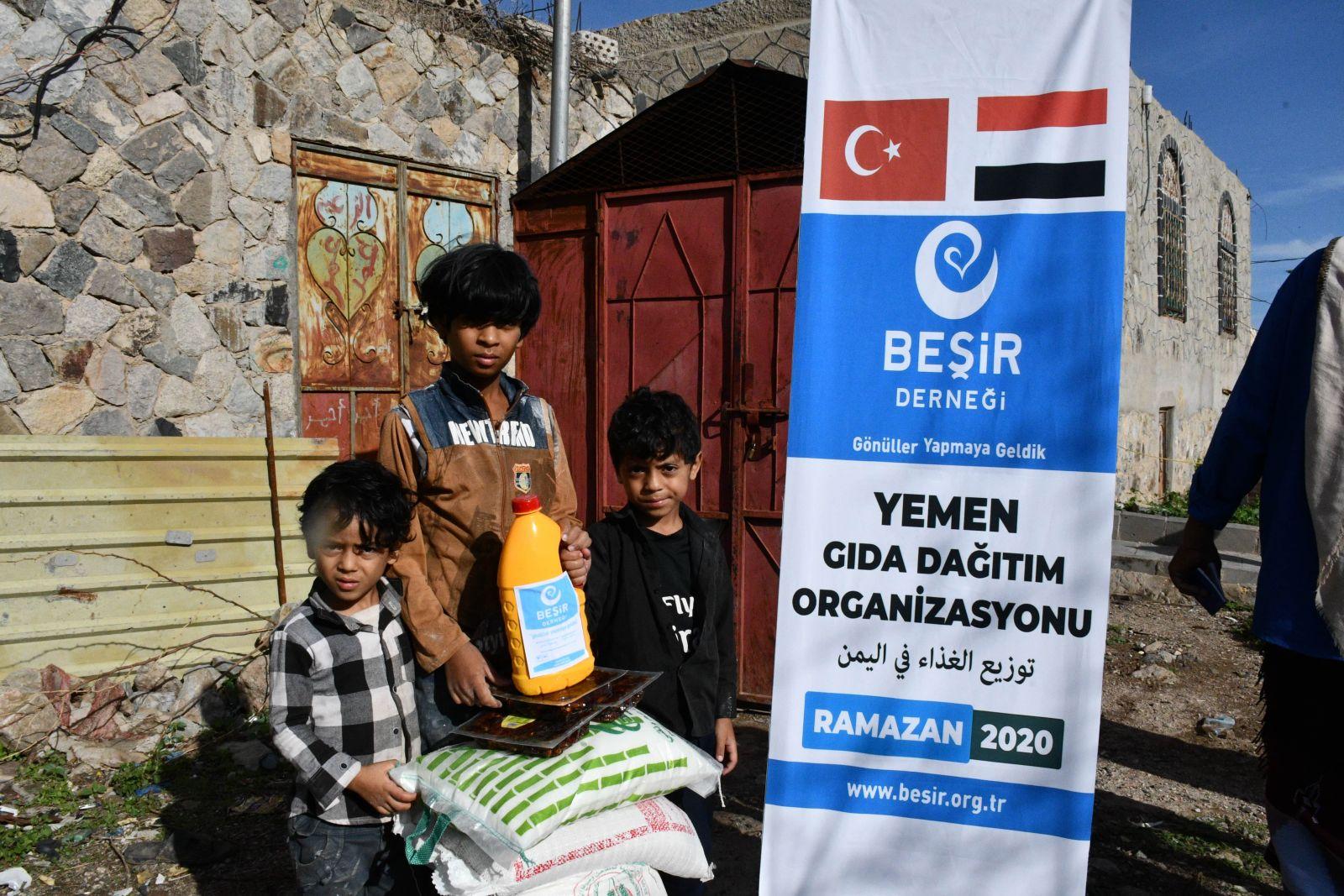 Yemen'in Yaralarını Ramazan Ayı İçerisinde de Sarmaya Devam Ediyoruz