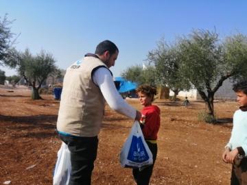 Gıda Yardımları,İnsani Yardım,Suriye Yardımları,Yurtdışı Yardımları,Beşir, Azez, kampa Gıda, yardım