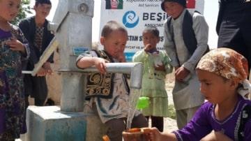 Su Kuyuları Projesi,Su Kuyusu, tulumba, motorlu su kuyusu, pis su, afrika su, asya su, balkanlar su, kuraklık, kuraklıkla mücadele, susuzluk, suya güvenliği